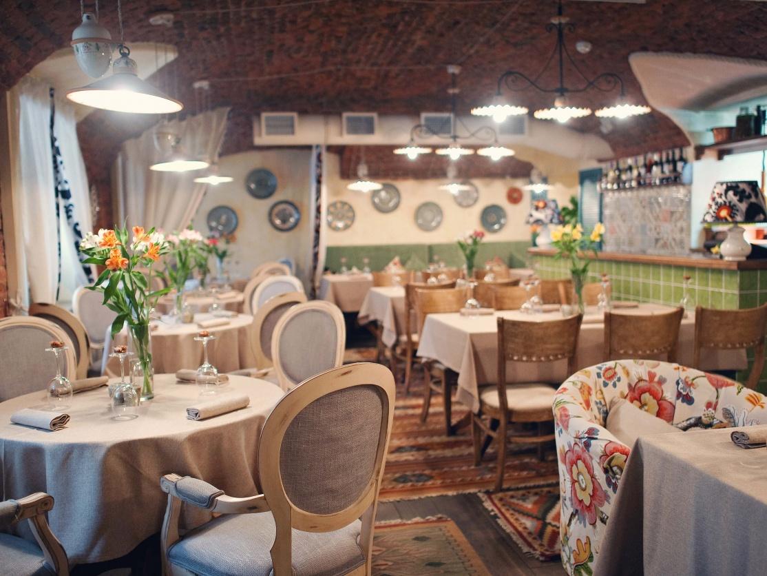 8. Mindal Restaurant