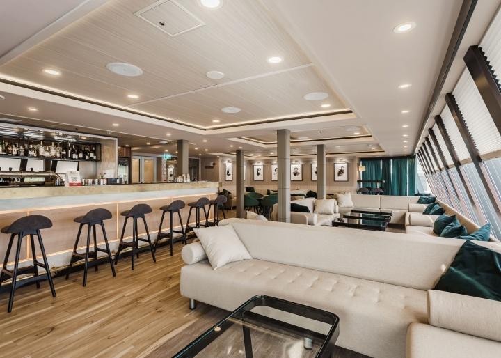 Mustai Karim Ship gallery