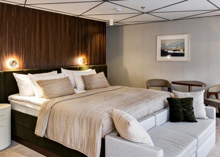 Mustai Karim Ship Suite